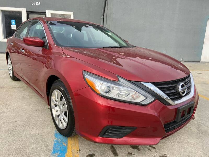 2016 Nissan Altima for sale at Julian Auto Sales, Inc. - Number 1 Car Company in Detroit MI