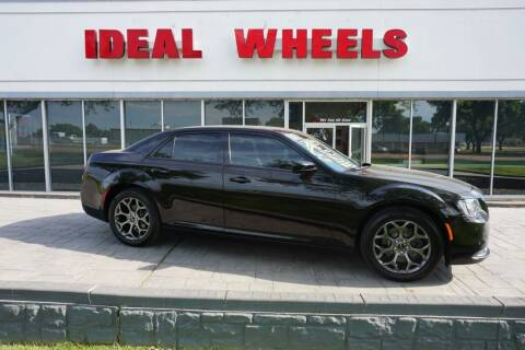 2017 Chrysler 300 for sale at Ideal Wheels in Sioux City IA