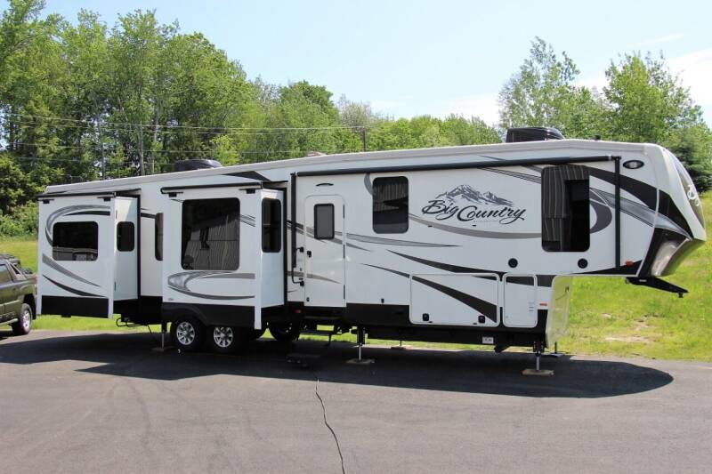 2016 Heartland Big Country for sale at Miers Motorsports in Hampstead NH