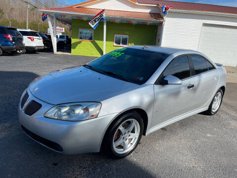 2009 Pontiac G6 for sale at PIONEER USED AUTOS & RV SALES in Lavalette WV