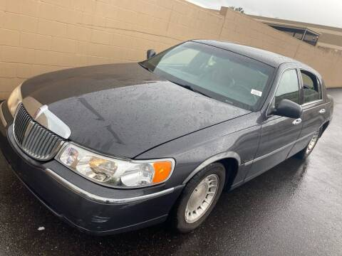 2001 Lincoln Town Car for sale at Blue Line Auto Group in Portland OR