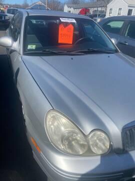 2005 Hyundai Sonata for sale at Whiting Motors in Plainville CT