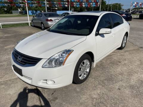 2012 Nissan Altima for sale at AMERICAN AUTO COMPANY in Beaumont TX