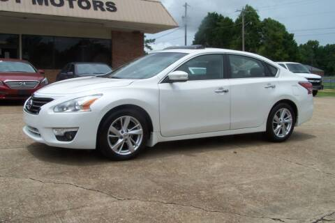 2015 Nissan Altima for sale at HILLCREST MOTORS LLC in Byram MS