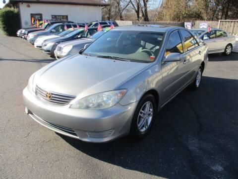 2005 Toyota Camry for sale at Unlimited Auto Sales Inc. in Mount Sinai NY