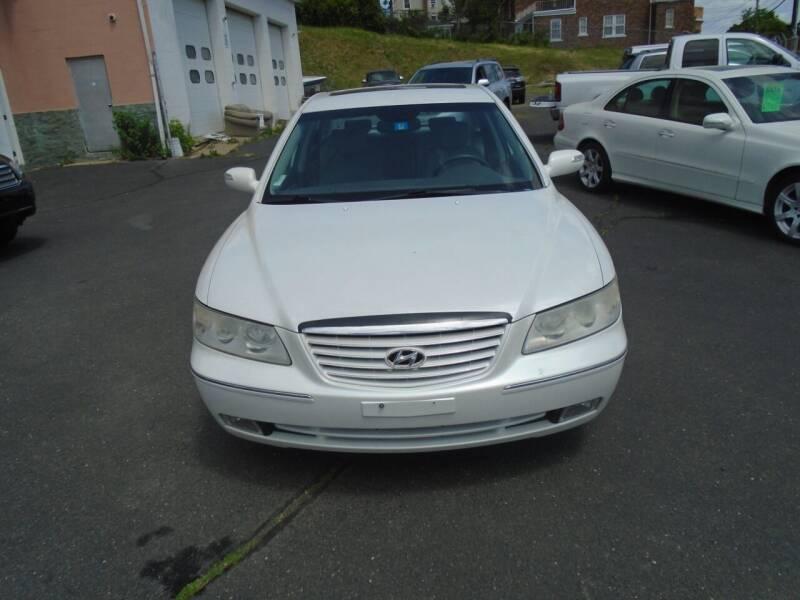 2008 Hyundai Azera for sale at Broadway Auto Services in New Britain CT