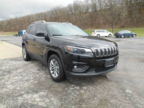 2019 Jeep Cherokee for sale at Maczuk Automotive Group in Hermann MO