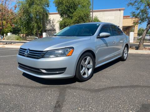 2012 Volkswagen Passat for sale at DORAMO AUTO RESALE in Glendale AZ
