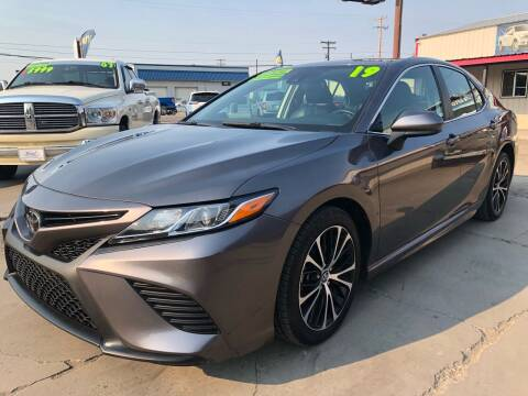 2019 Toyota Camry for sale at MAGIC AUTO SALES, LLC in Nampa ID