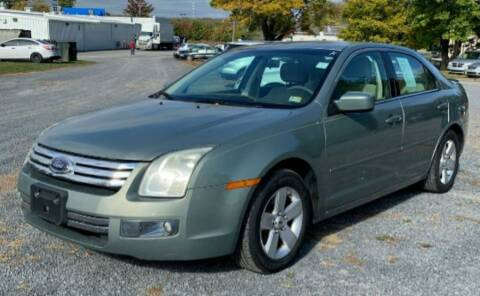 2008 Ford Fusion for sale at BSA Pre-Owned Autos LLC in Hinton WV