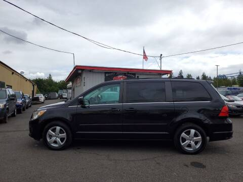 2011 Volkswagen Routan for sale at Ron's Auto Sales in Hillsboro OR