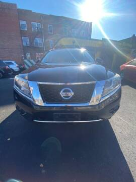 2013 Nissan Pathfinder for sale at South Street Auto Sales in Newark NJ
