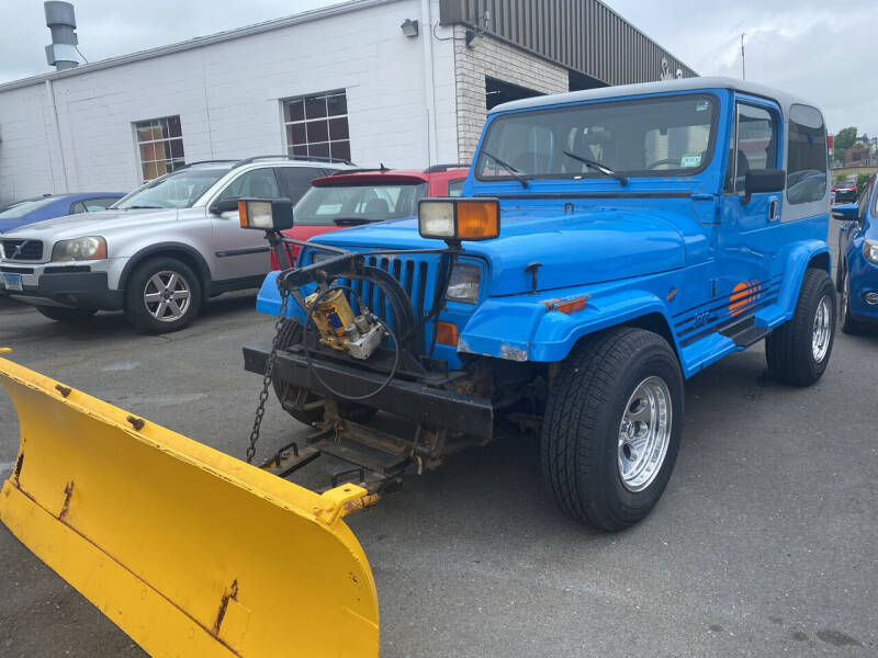 1990 Jeep Wrangler for sale at Story Brothers Auto in New Britain CT