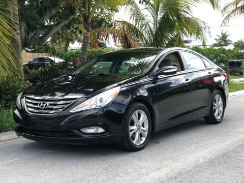 2011 Hyundai Sonata for sale at L G AUTO SALES in Boynton Beach FL