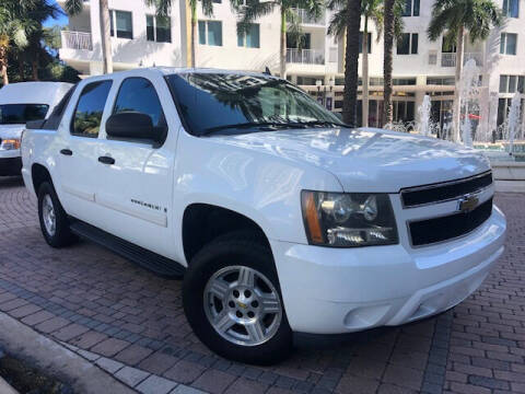 2007 Chevrolet Avalanche for sale at Florida Cool Cars in Fort Lauderdale FL