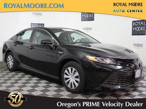 2018 Toyota Camry Hybrid for sale at Royal Moore Custom Finance in Hillsboro OR