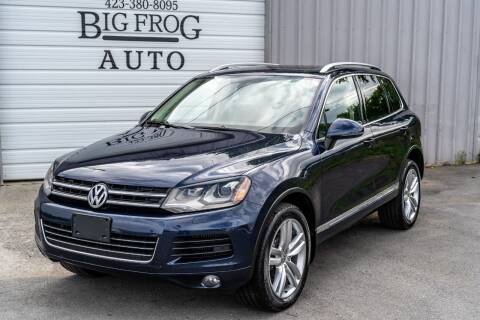 2012 Volkswagen Touareg for sale at Big Frog Auto in Cleveland TN