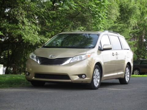 2011 Toyota Sienna for sale at Loudoun Used Cars in Leesburg VA