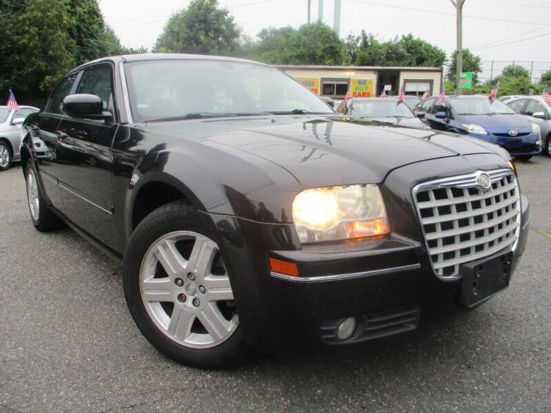 2005 Chrysler 300 for sale at Unlimited Auto Sales Inc. in Mount Sinai NY