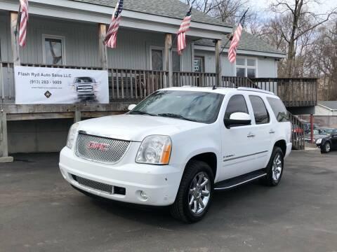 2009 GMC Yukon for sale at Flash Ryd Auto Sales in Kansas City KS