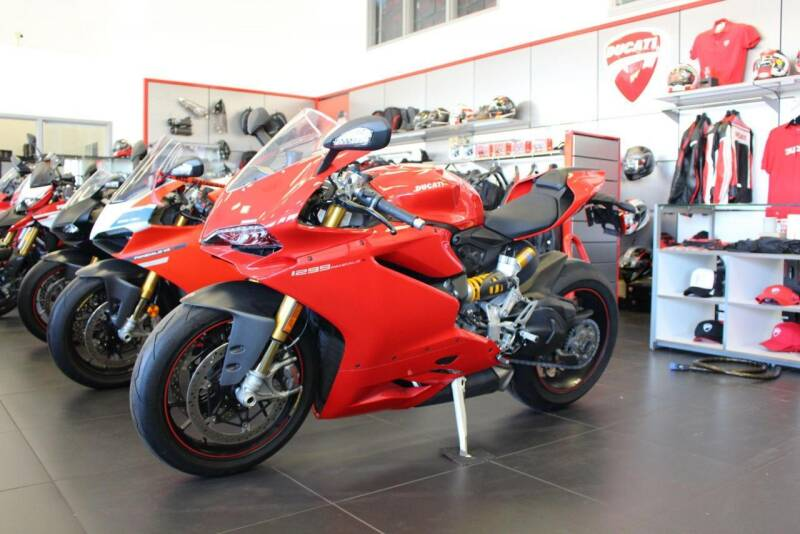 2015 Ducati 1299 Panigale for sale at Peninsula Motor Vehicle Group in Oakville NY