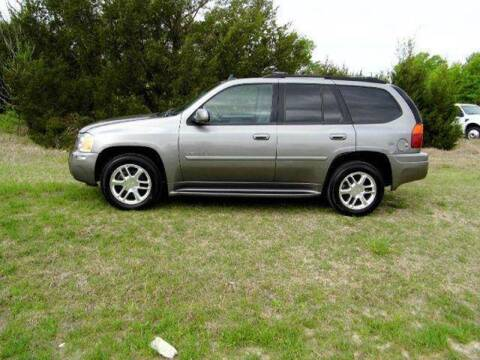 2006 GMC Envoy for sale at CAVENDER MOTORS in Van Alstyne TX