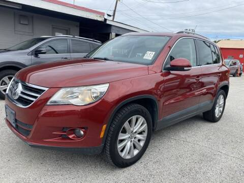 2010 Volkswagen Tiguan for sale at Pary's Auto Sales in Garland TX