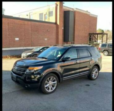 2014 Ford Explorer for sale at BSA Pre-Owned Autos LLC in Hinton WV