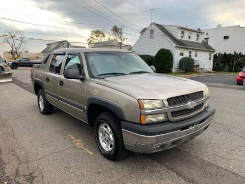 2003 Chevrolet Avalanche for sale at Jordan Auto Group in Paterson NJ