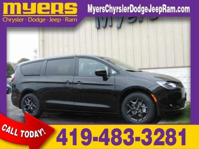 2020 Chrysler Pacifica for sale in Bellevue, OH
