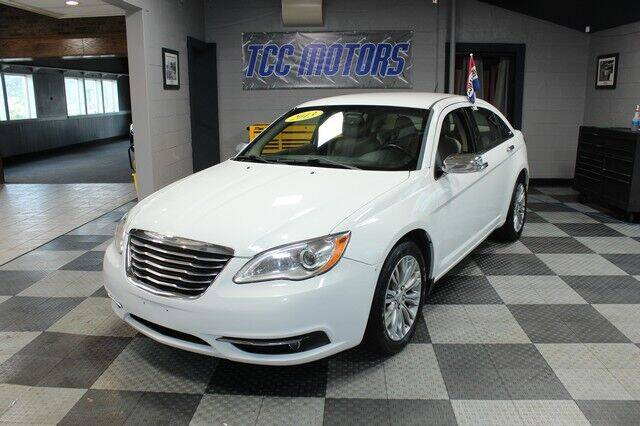 2013 Chrysler 200 for sale at TCC Motors in Farmington Hills MI