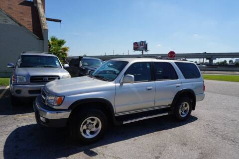 2000 Toyota 4Runner for sale at SOUTHWEST AUTO CENTER INC in Houston TX