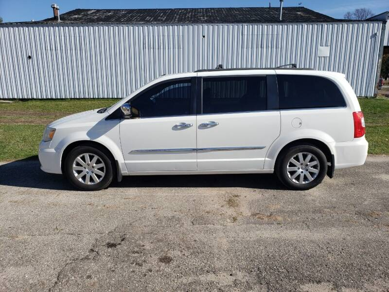 2011 Chrysler Town and Country for sale at Steve Winnie Auto Sales in Edmore MI