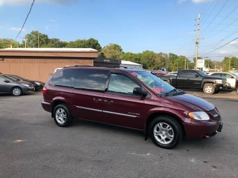 2001 Dodge Grand Caravan for sale at Bob's Imports in Clinton IL