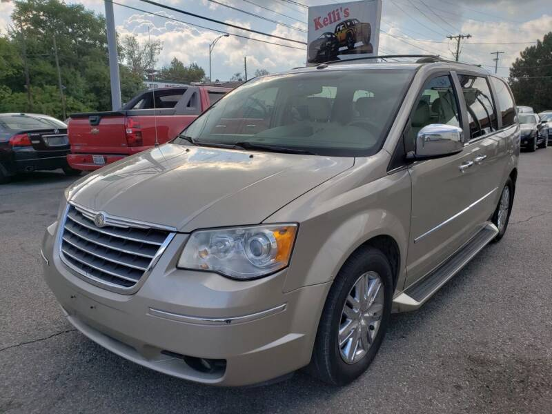 2009 Chrysler Town and Country for sale at Kellis Auto Sales in Columbus OH