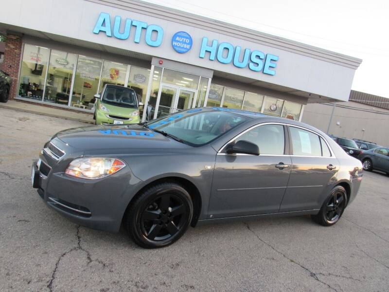 2008 Chevrolet Malibu for sale at Auto House Motors in Downers Grove IL
