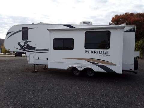 2011 Heartland Elkridge Express