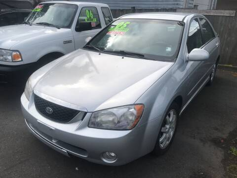 2006 Kia Spectra for sale at American Dream Motors in Everett WA