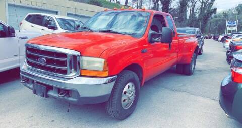1999 Ford F-350 Super Duty for sale at North Knox Auto LLC in Knoxville TN