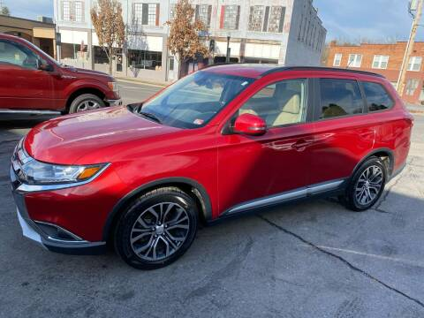 2016 Mitsubishi Outlander for sale at East Main Rides in Marion VA