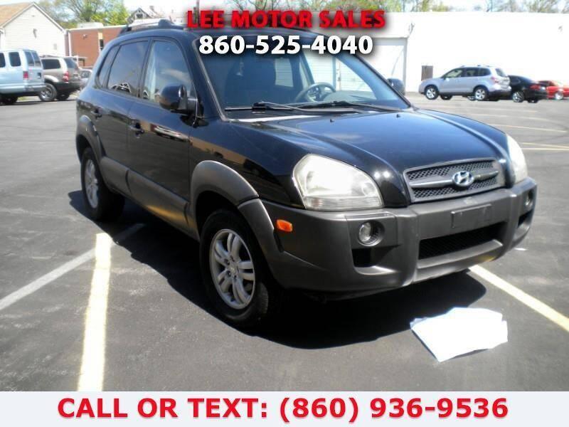 2006 Hyundai Tucson for sale at Lee Motor Sales Inc. in Hartford CT