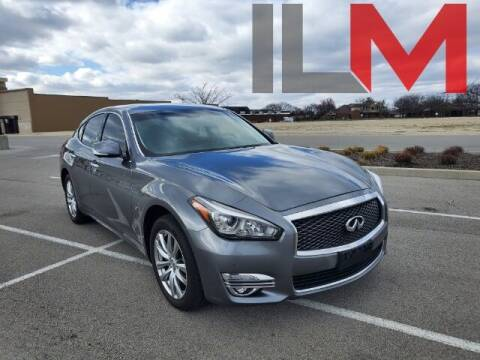 2018 Infiniti Q70 for sale at INDY LUXURY MOTORSPORTS in Fishers IN