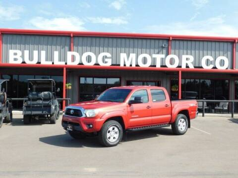 2015 Toyota Tacoma for sale at Bulldog Motor Company in Borger TX