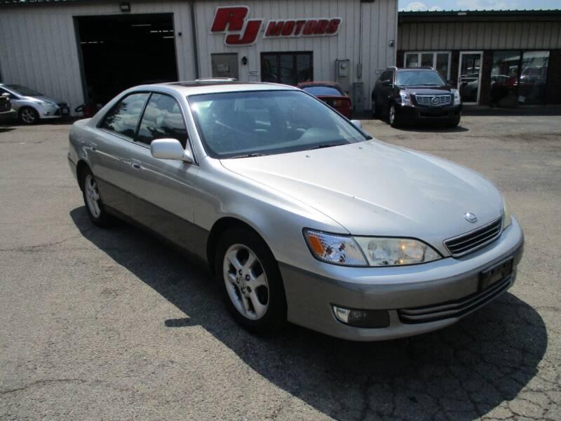2001 Lexus ES 300 for sale at RJ Motors in Plano IL