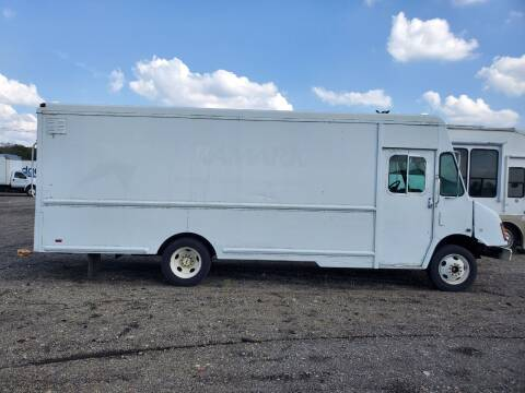 2005 Workhorse P42 for sale at Ernie's Auto LLC in Columbus OH