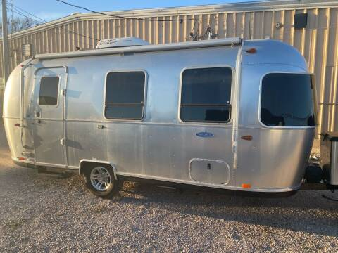 2018 AIRSTREAM 22FB SPORT for sale at ROGERS RV in Burnet TX