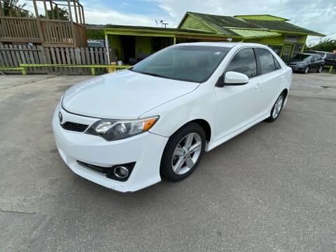 2014 Toyota Camry for sale at RODRIGUEZ MOTORS CO. in Houston TX