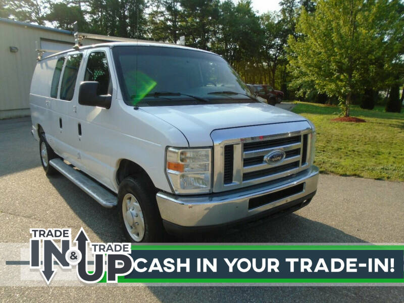 2008 Ford E-Series Cargo for sale at Leavitt Brothers Auto in Hooksett NH