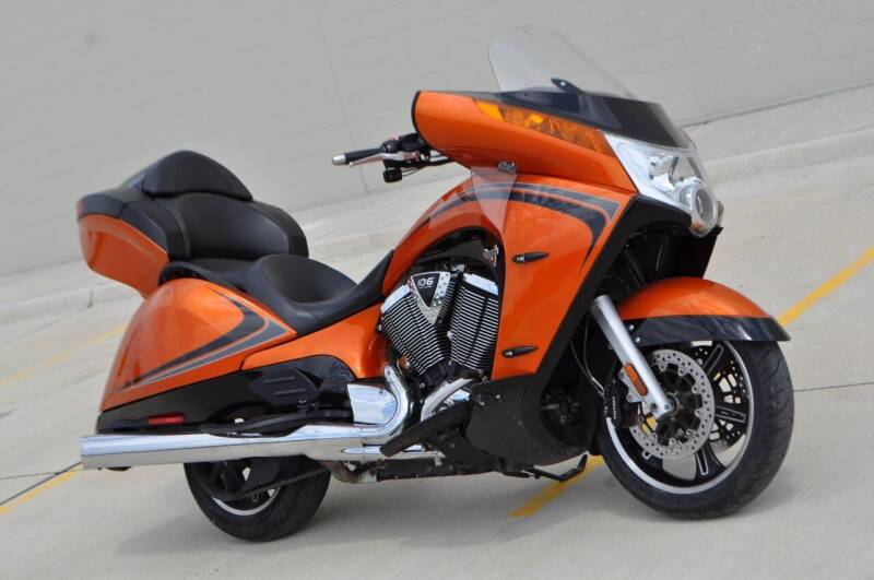 2014 Victory Vision Tour Nuclear Sunset for sale at Select Motor Group in Macomb Township MI