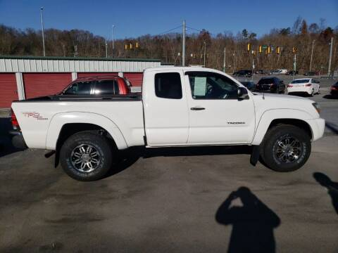 2009 Toyota Tacoma for sale at Green Tree Motors in Elizabethton TN